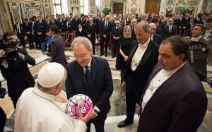 Папа Франциск: «Щоб футбол зміг творити позитивне посланням для всього суспільства».(ФОТО)